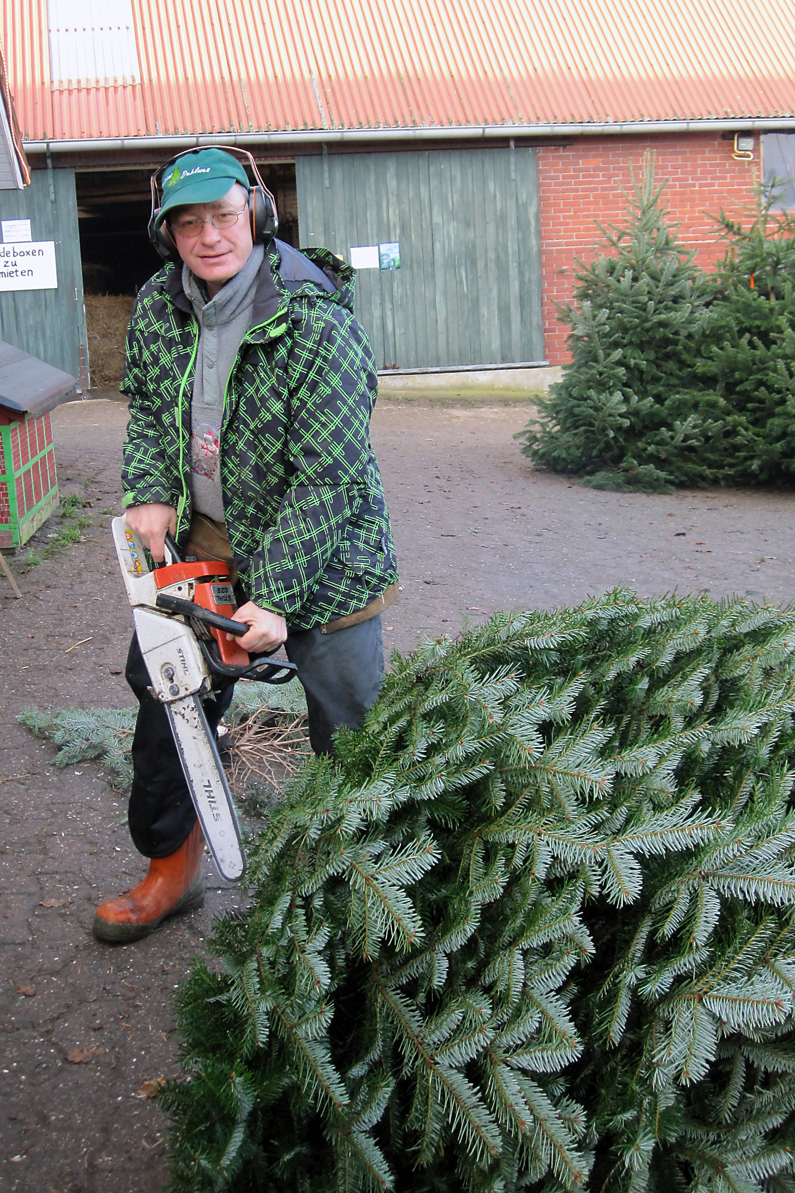 Tannenbaum Selber Schlagen Bremen.Weihnachtsbäume Willkommen Auf Dem Orthhof Dehlwes In Lilienthal